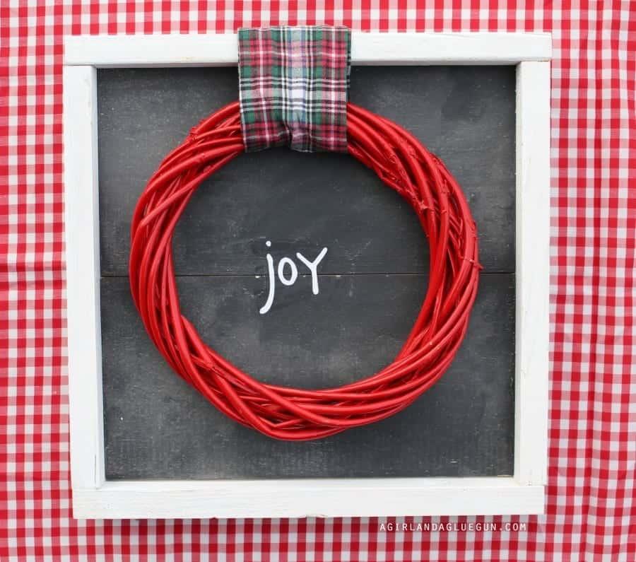 wreath-frame-900x795
