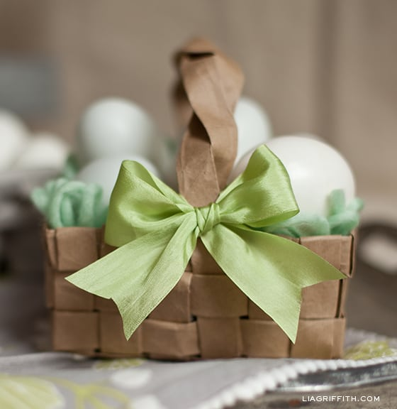 DIY-Paper-Bag-Easter-Basket