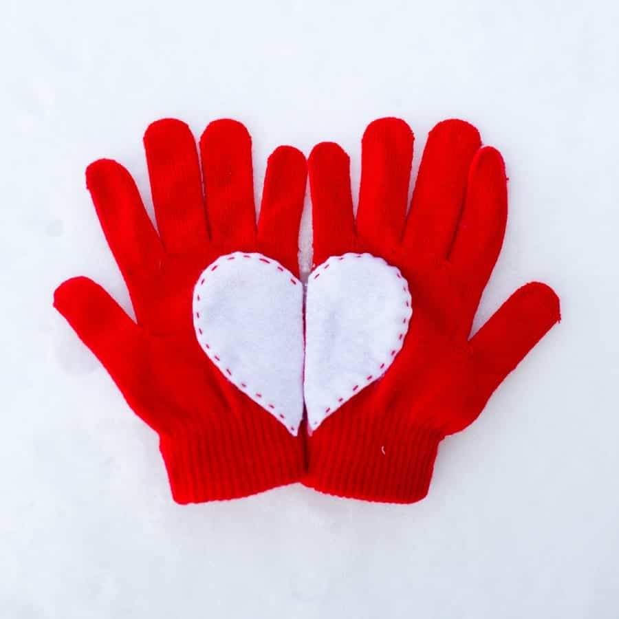 heart-gloves-4