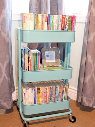 Ideas To Organize And Storage For Kids Book