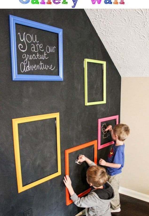 chalkboard-playroom-interactive-gallery-wall-chalkboard-paint-crafts-diy.1