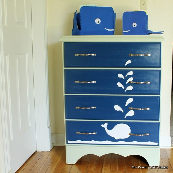 whale-painted-dresser-006