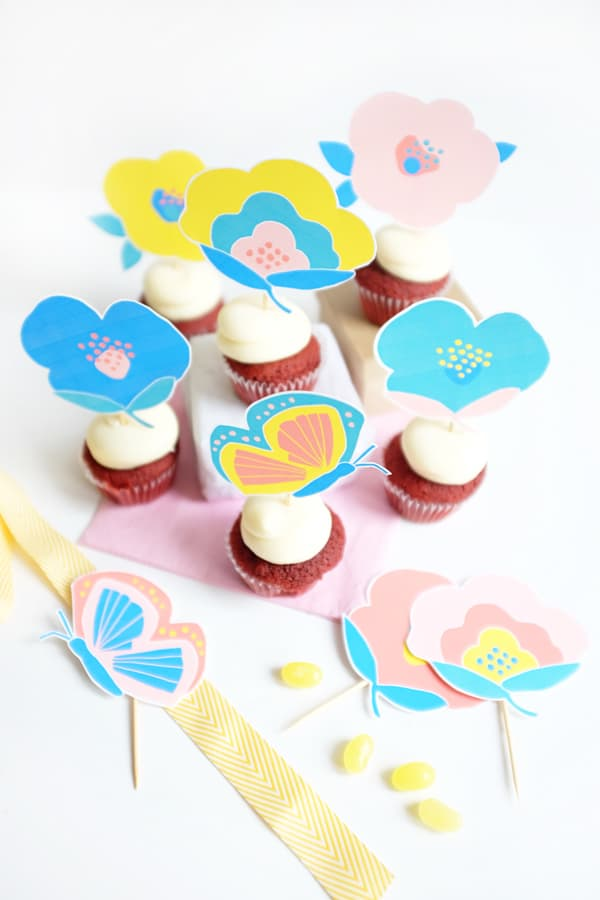 1_floral_cupcake_toppers
