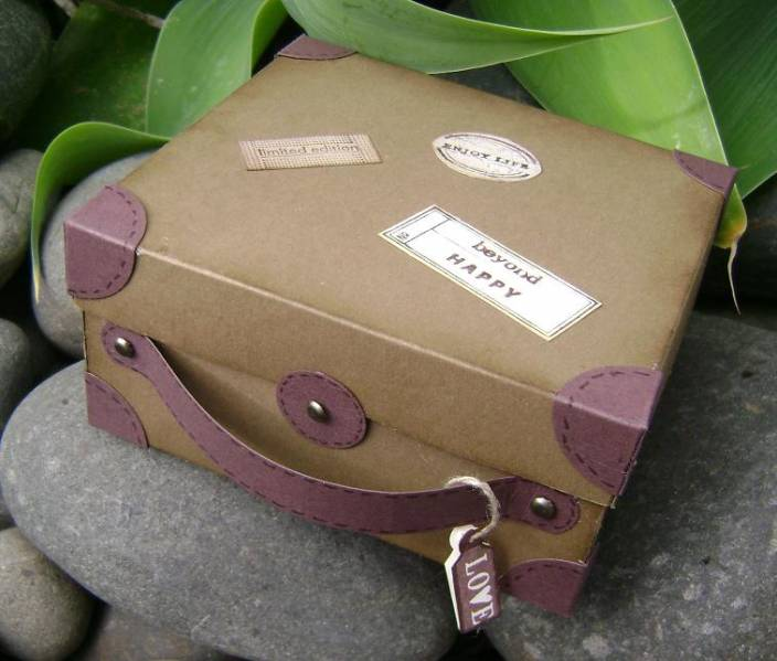 4_suede_suitcase_by_Kiwi_Jules
