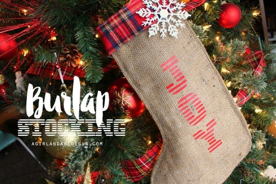 diy-burlap-stocking-900x600