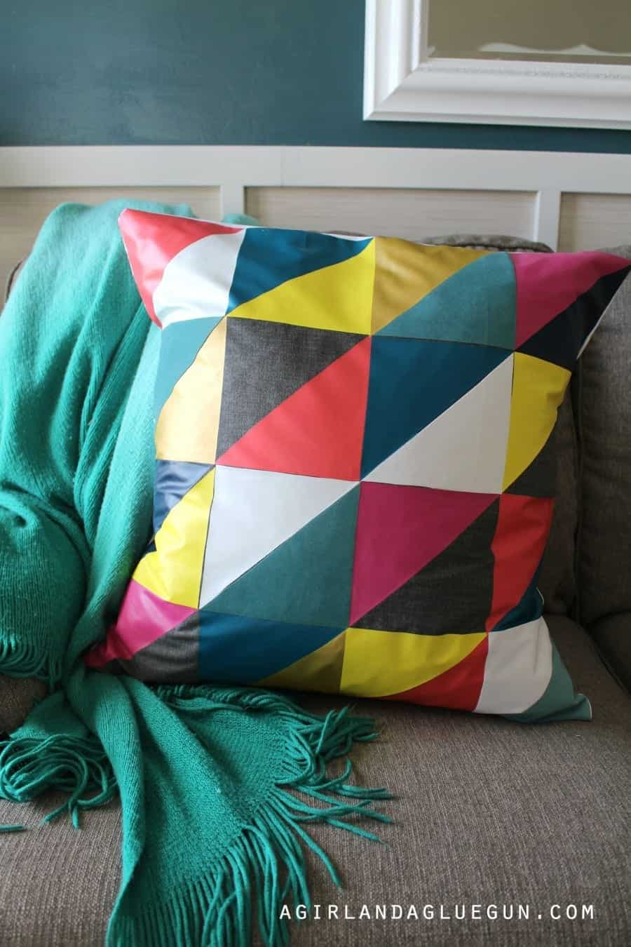 fun-diy-pillow-no-sew-900x1350