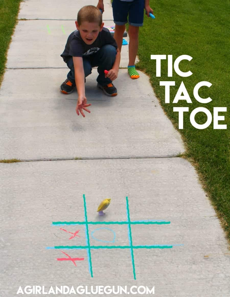 tic tac toe sidewalk chalk game