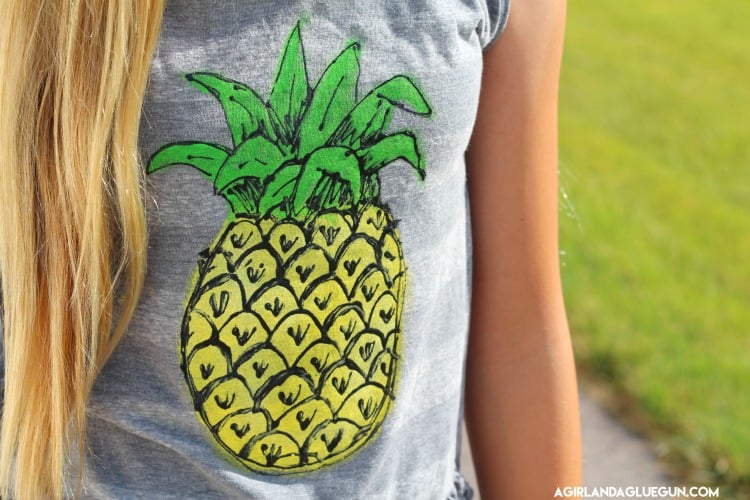diy pineapple painted shirt with puff paint