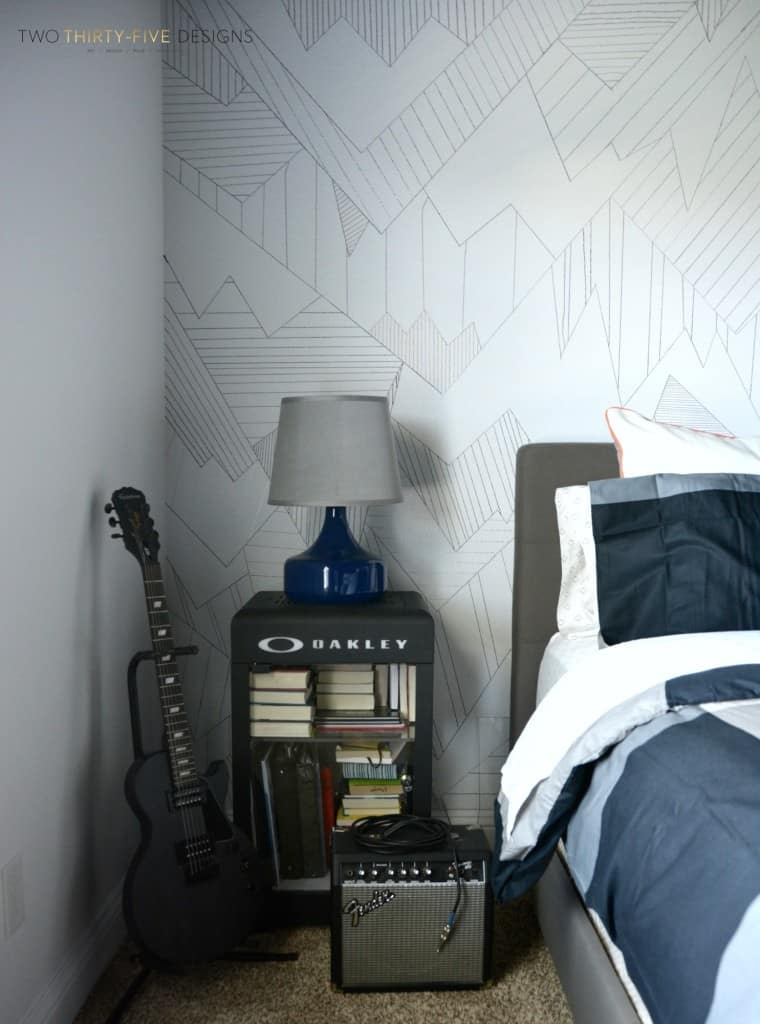 DIY-Sharpie-Wall-Art-by-Two-ThirtyFive-Designs-3-760x1024