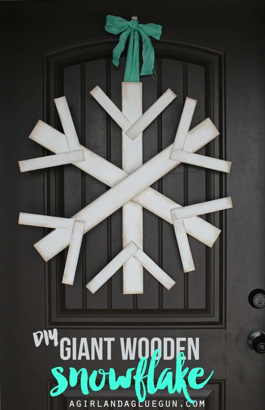 diy-giant-wooden-snowflake-great-front-door-900x1393