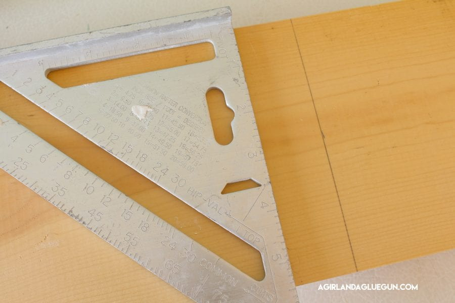 Straight Line Drawing Easy : The best tools you need for crafting a girl and glue gun