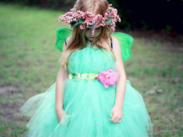 ci-jess-abbott_fairy-princess-costume-gril_h-jpg-rend-hgtvcom-616-462