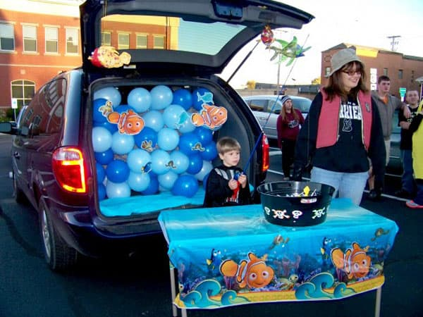 40 of the best Trunk or Treat Ideas , A girl and a glue gun