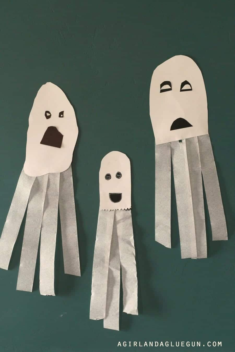 easy-ghost-diy-fun-kids-crafts-for-halloween-900x1350