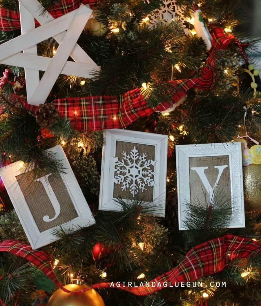 fun-christmas-tree-ideas1-900x1055