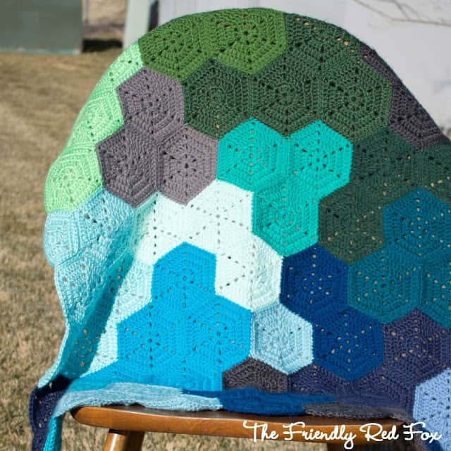 hexagon blanket close up3