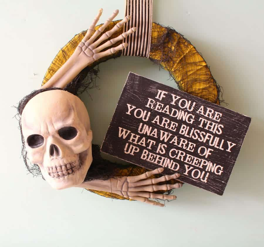 halloween-skeleton-wreath