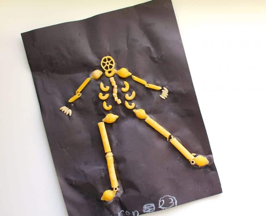 noodle-skeleton-kids-craft-for-halloween