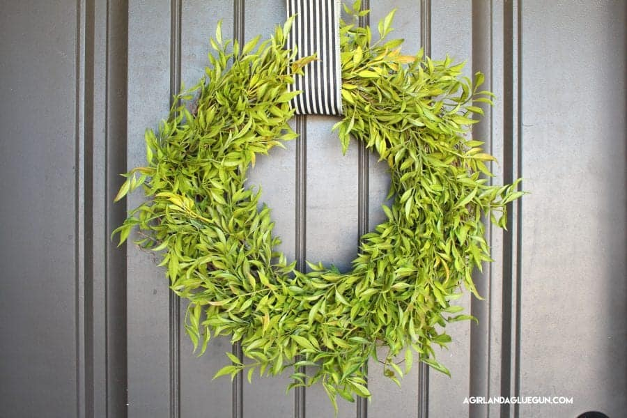 pretty-green-wreath-for-cheap