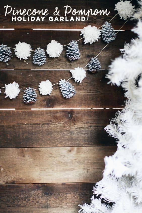 pinecone-and-pom-pom-garland