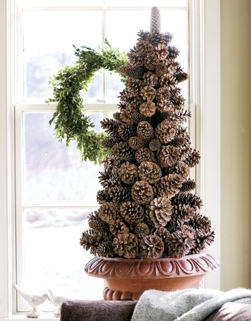 pinecone-christmas-tree