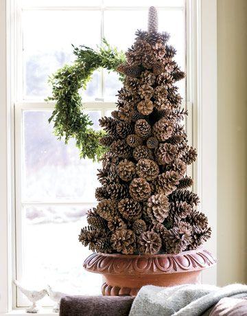 pinecone-christmas-tree