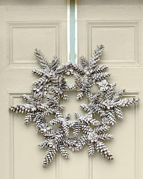 pinecone-star-wreath