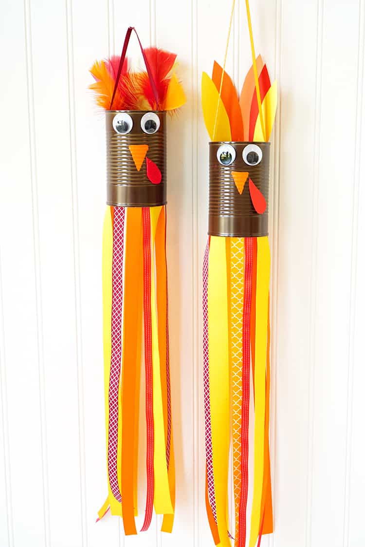 thanksgiving-kids-craft-turkey-windsocks