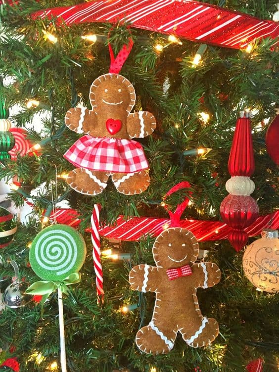gingerbread-felt-ornaments
