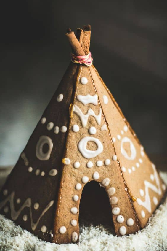 gingerbread-teepee