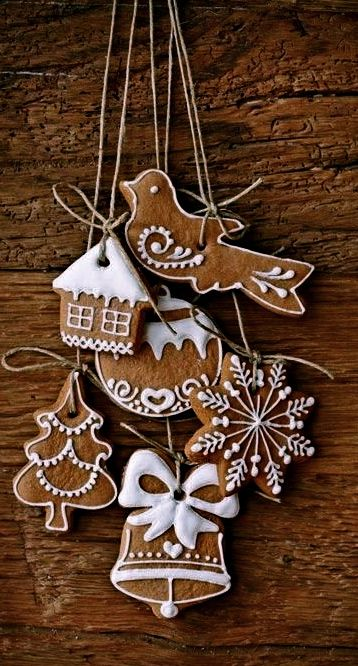 homemade-gingerbread-ornaments