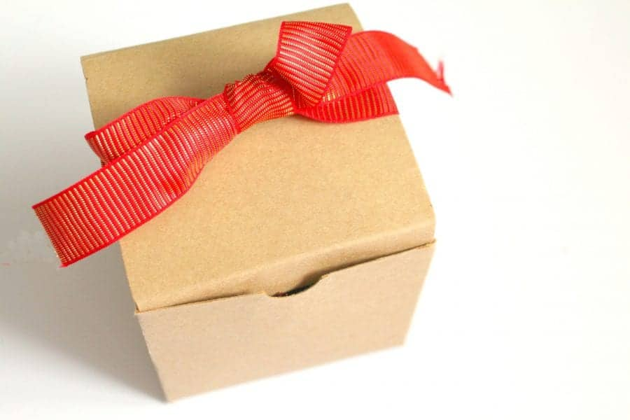 cute-gift-box-for-christmas