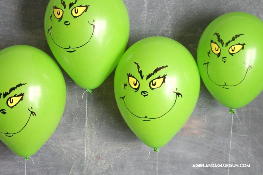 fun-grinch-balloons