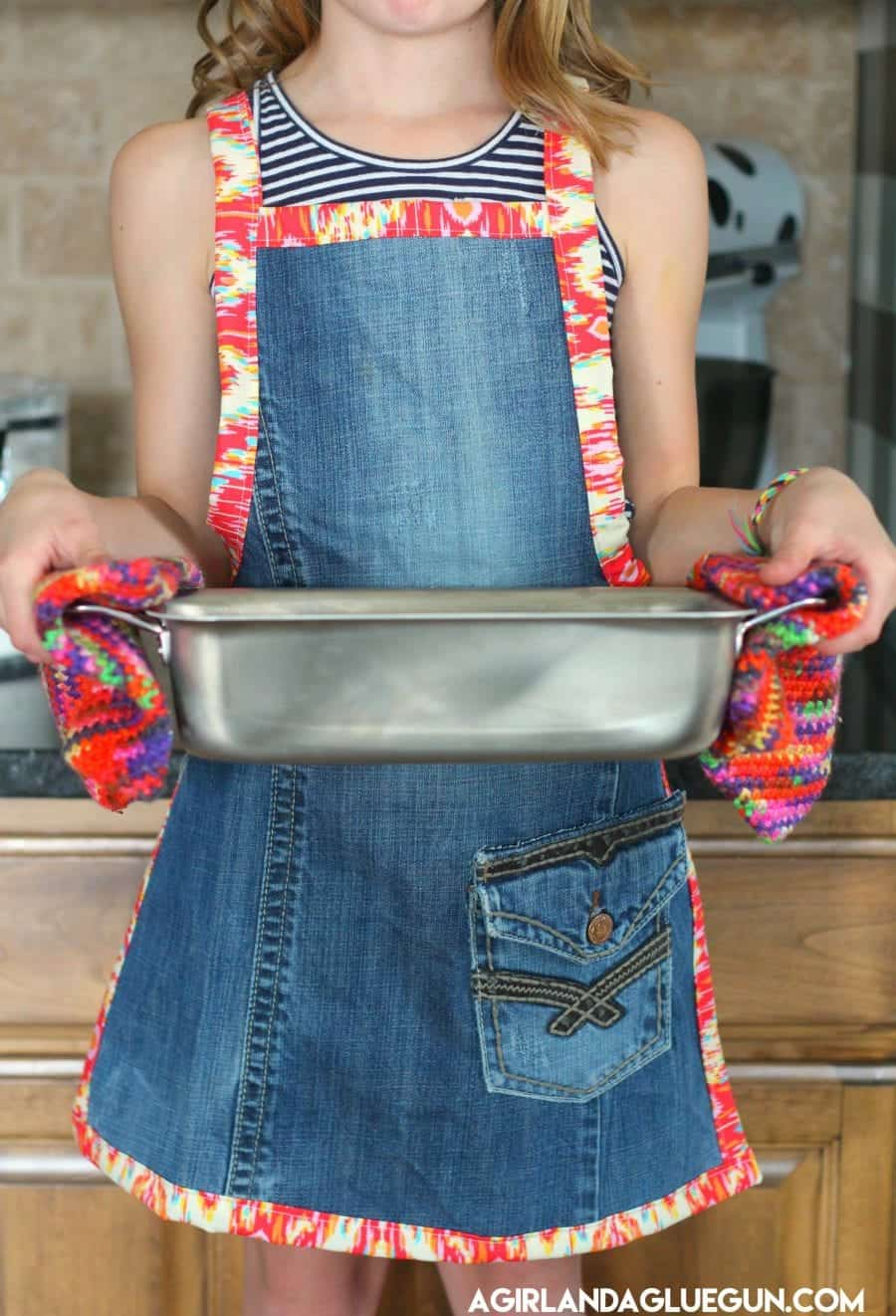 kids-levi-apron-for-cooking