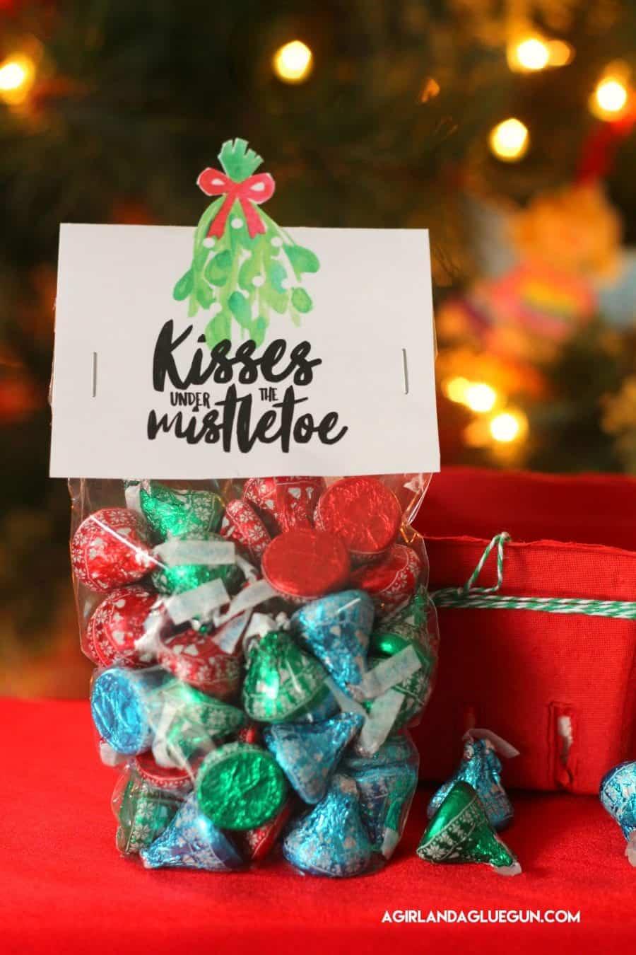 Fun christmas gift ideas to make mistletoe
