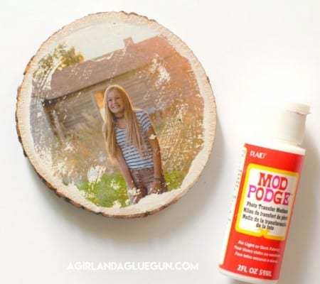 transfer photo to wood with mod podge