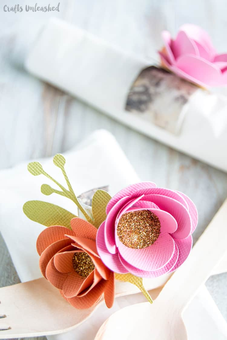 flower-napkin-rings-diy-minted-strawberry-consumer-crafts-unleashed-4-1