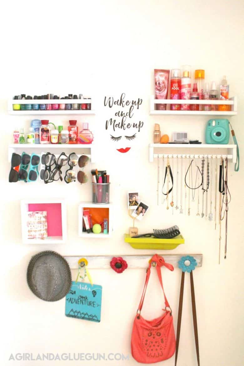 girl and a glue gun   Crafts and diy s that are fast and easy. glue