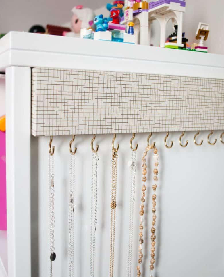Make Your Own Jewellery Display Board: Over 50 Ways To Organize Your Jewelry