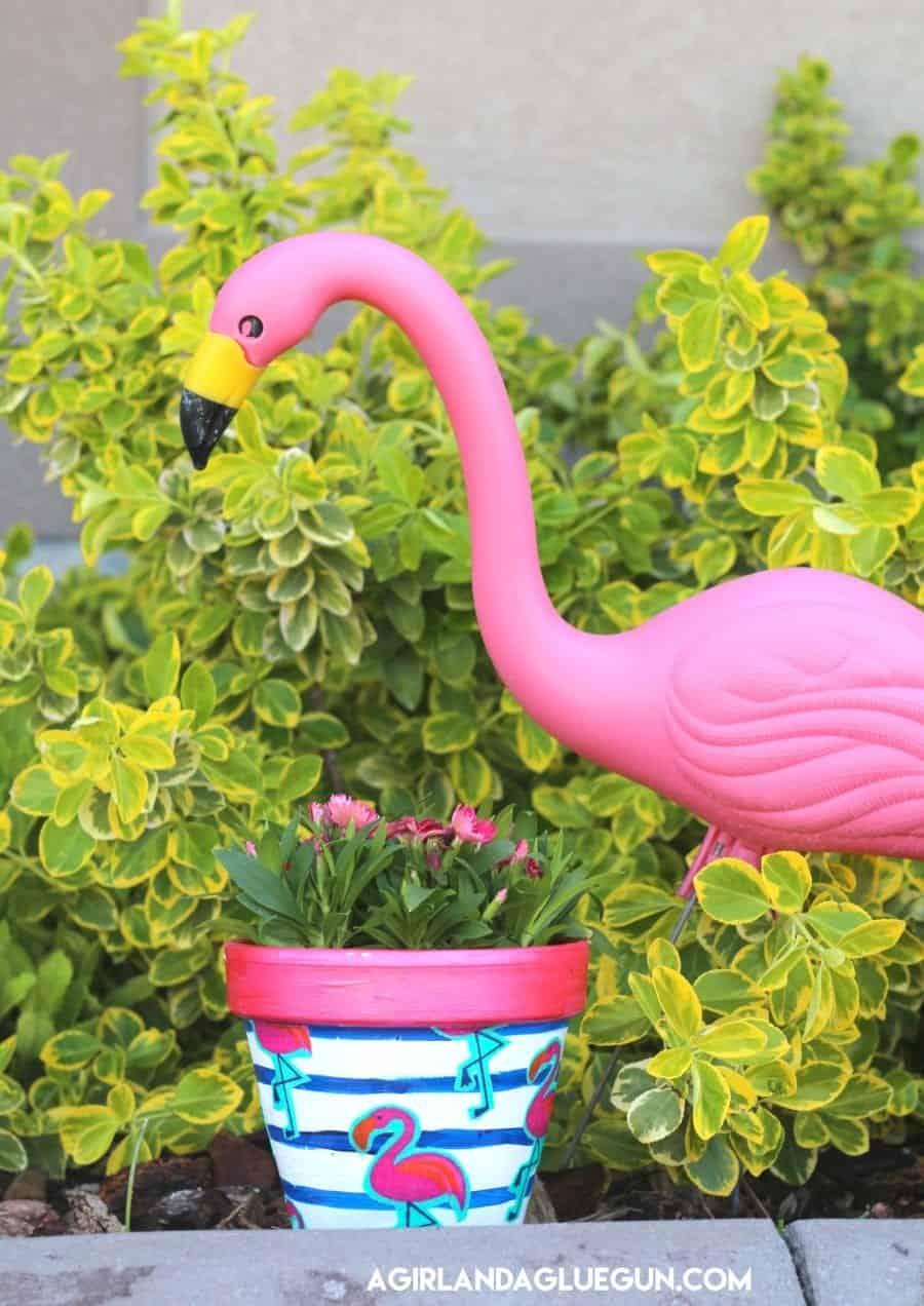 Mod Podge Flower Pots A Girl And A Glue Gun