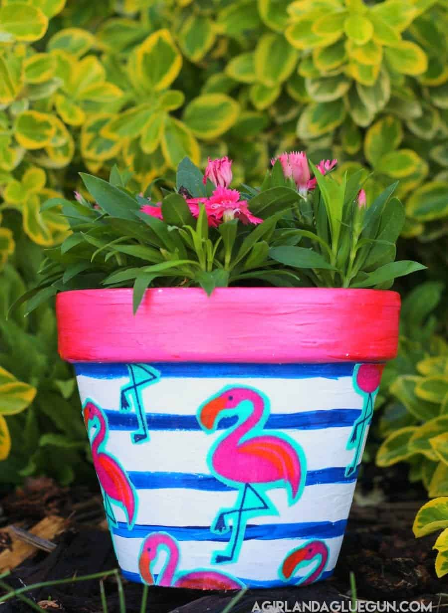 Mod Podge Flower Pots A Girl And A Glue Gun