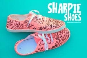Sharpie shoes-fun teen craft!