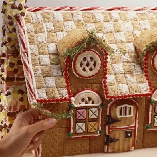 Gingerbread House Hacks!